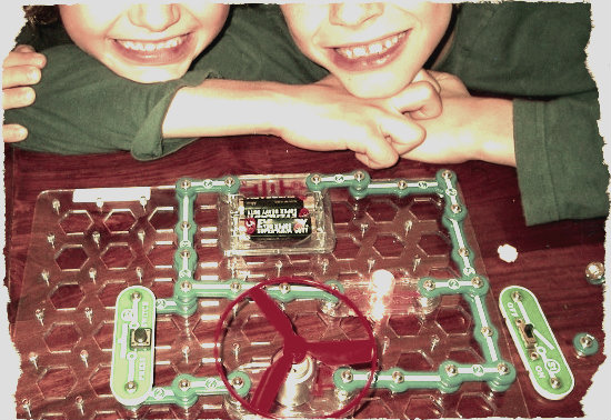 science toys and games for homeschoolers science resources kids using electric kit
