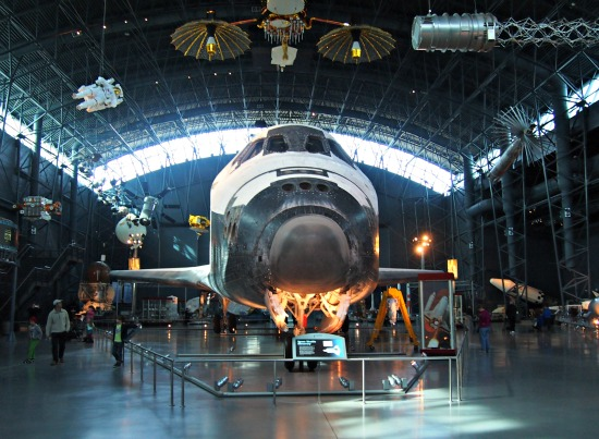Space Shuttle Discovery Washington DC museum. Kennedy Space Centre Homeschool Field Trip